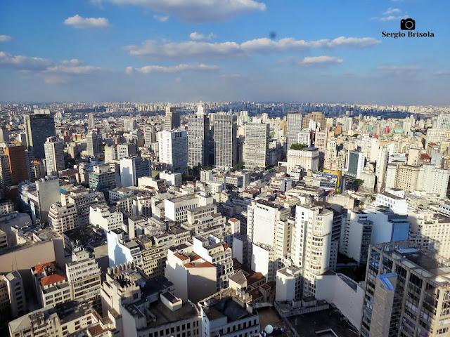 Cityscape com vista de parte do Centro Histórico e Bairro do Brás ao fundo - São Paulo