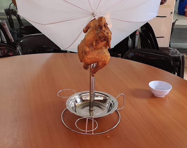 栋笃火焰吊烧鸡