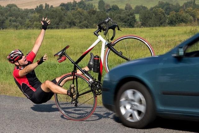 settlement vs litigation bicycle accident lawsuit insurance settlement