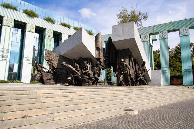Monumento all'insurrezione di Varsavia