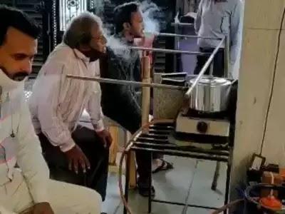 इस 'कोविड उद्यमी' ने 'भारतीय जुगाड़' को अन्य स्तर पर ले गए, लेकिन क्या यह सुरक्षित है?