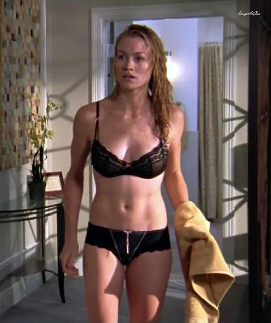 Yvonne Strahovski And Sexy 105