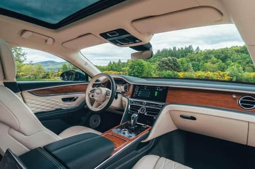 Bentley launches the Flying Spur plug-in hybrid