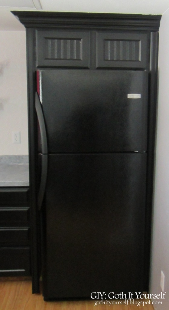 GIY Goth It Yourself Kitchen Makeover DIY Refrigerator