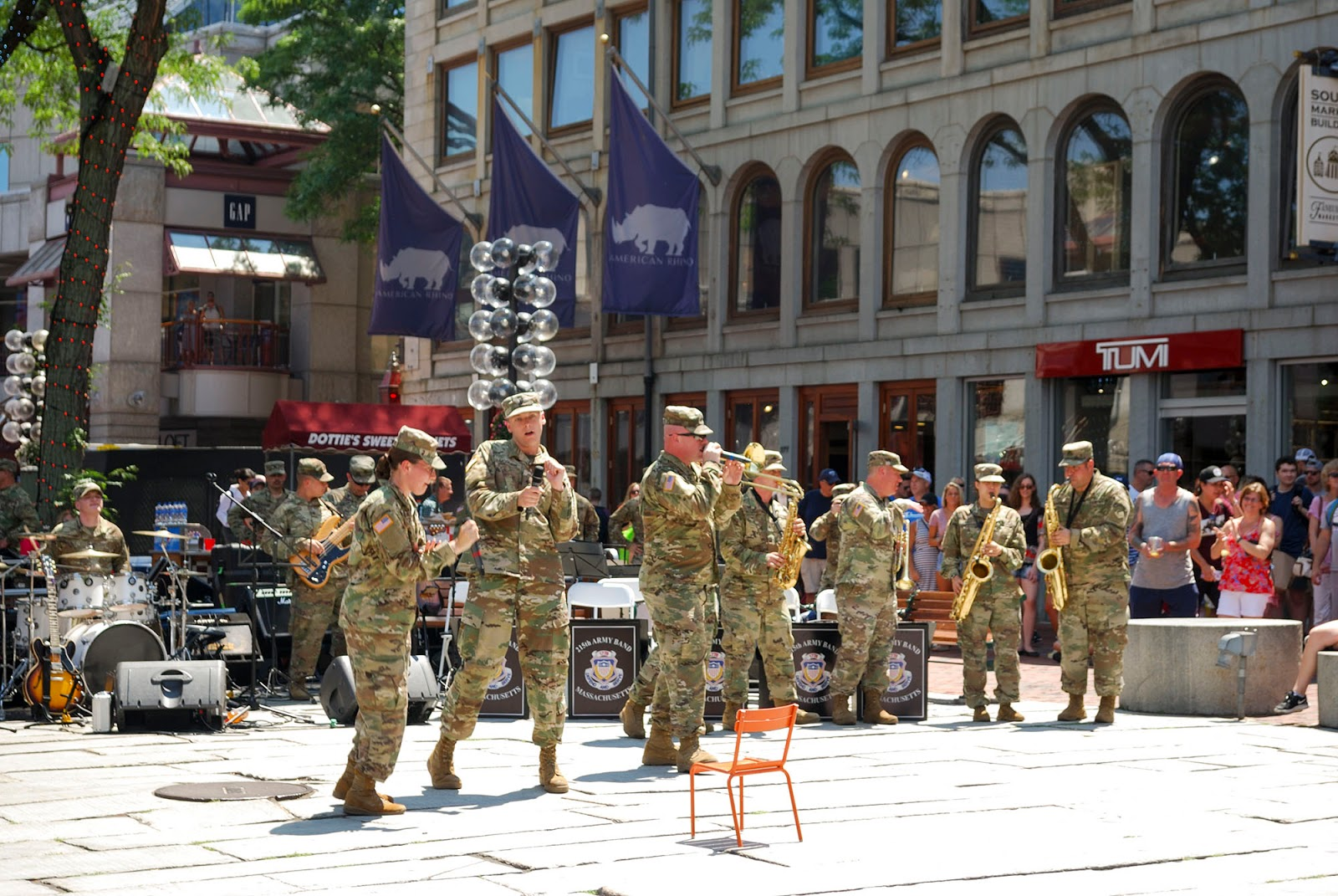 quincy market faneuil hall army band music street boston itinerary plan guide tourism usa america park east coast