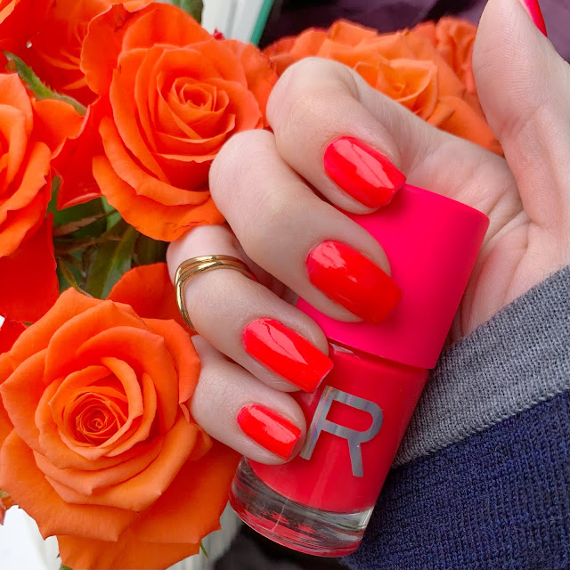 Revolution-make-up-nail-polish-neon-Sizzle-coral