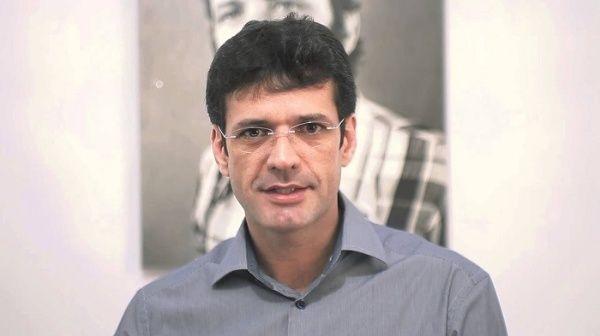 Denuncian a ministro de Turismo brasileño por crimen electoral