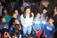 Alia Bhatt in Denim and jeans with NGO Kids 01.JPG