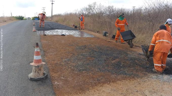 Governo do Estado do Ceará inicia os serviços de recuperação asfáltica da Rodovia CE-253, no trecho de Cariré a Rafael Arruda