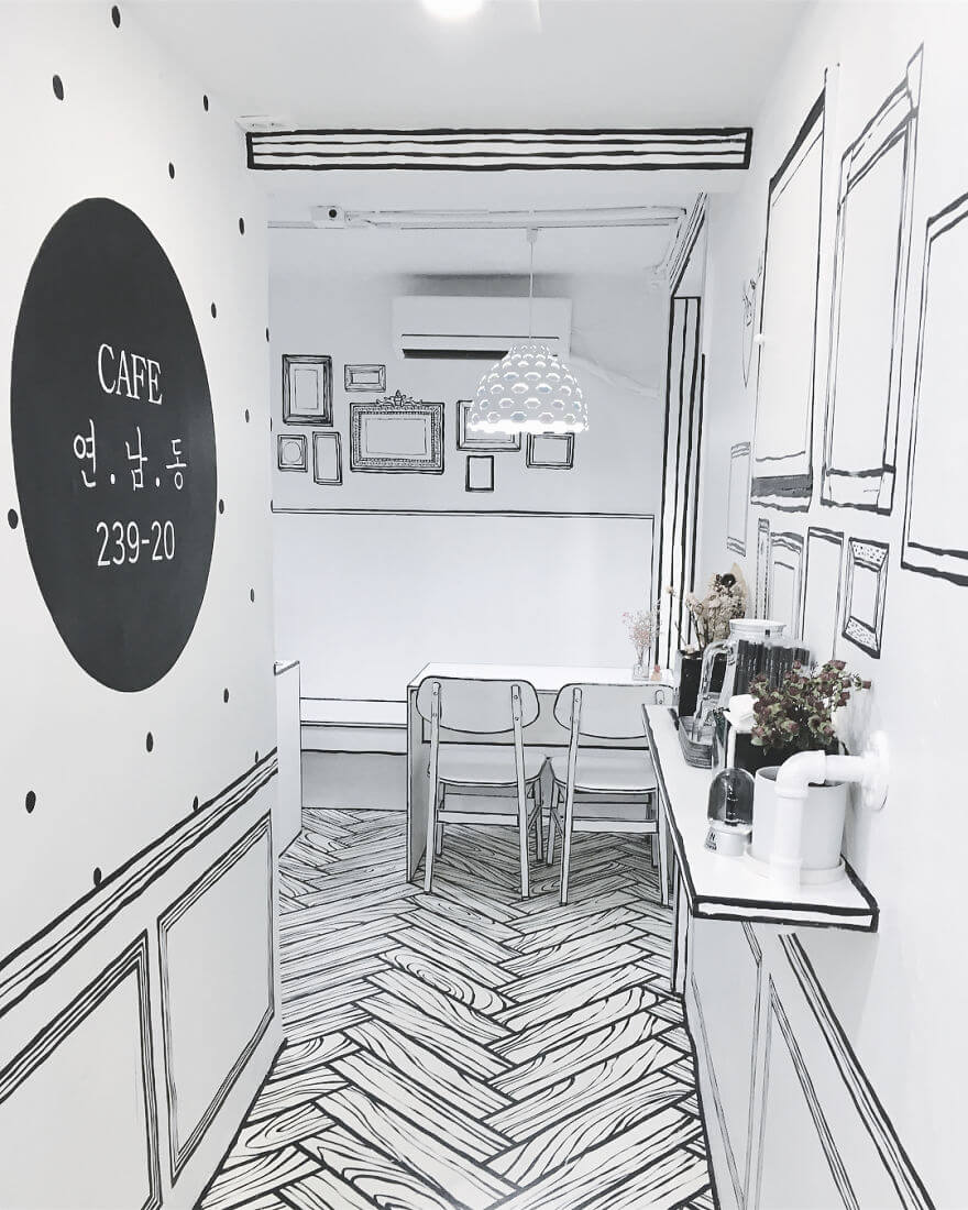 This Extraordinary Cafe In Seoul Makes Customers Feel Like They Entered A Fairytale's World