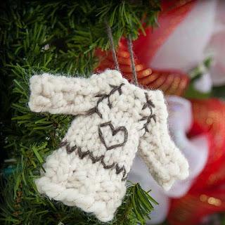 Loom knit sweater ornament pattern tiny sweater free
