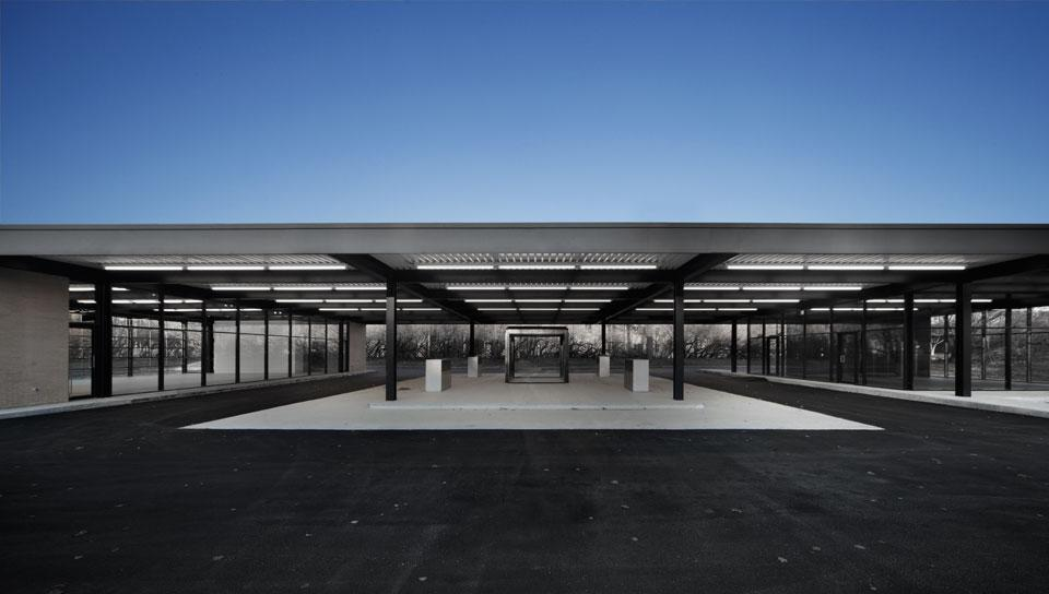 mies van der rohe gas station modern design by. Black Bedroom Furniture Sets. Home Design Ideas