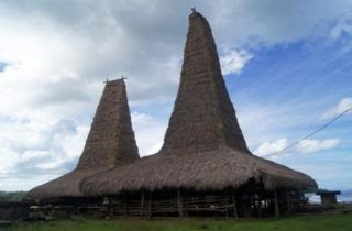 gambar rumah adat sumba