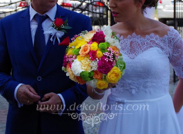 Kolorowa wiązanka Panny Młodej- bukiet ślubny opolskie