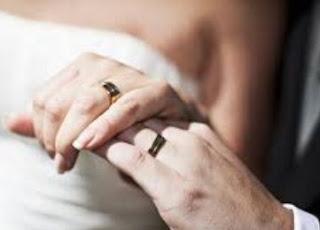 Arti Mimpi Jadi Pengantin Dengan Suami Sendiri