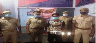 कानपुर नगर के थाना चमनगंज पुलिस टीम द्वारा चेकिंग के दौरान शातिर चोर को चोरी के मोबाइल फोन के साथ गिरफ्तार किया