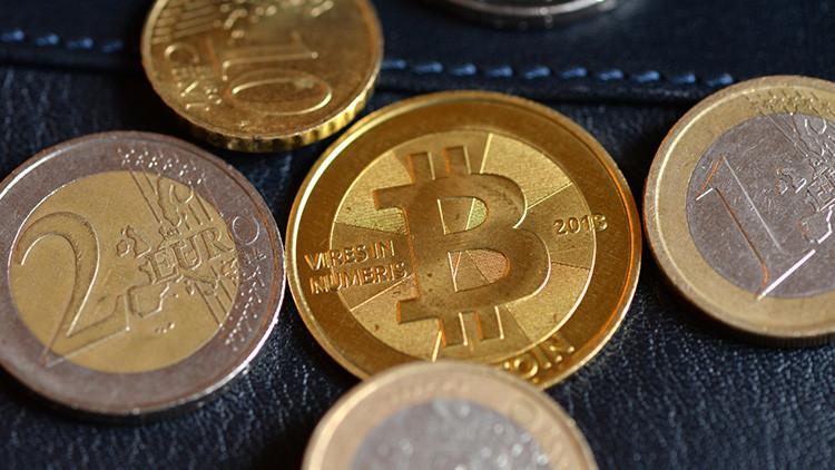 Hoskinson and bitcoin
