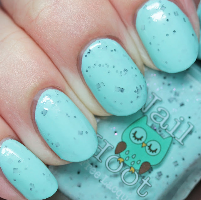 Nail Hoot Indie Lacquers Rockin Robin