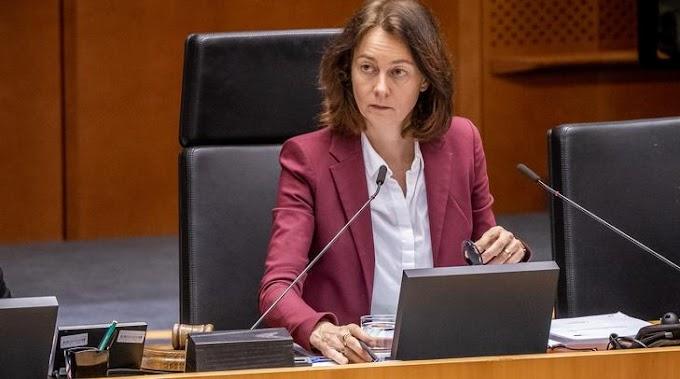 EP-alelnök: Korlátozni kell Magyarország és Lengyelország uniós támogatásait