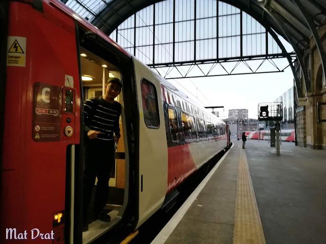 Trip Edinburgh Scotland - Virgin Train London