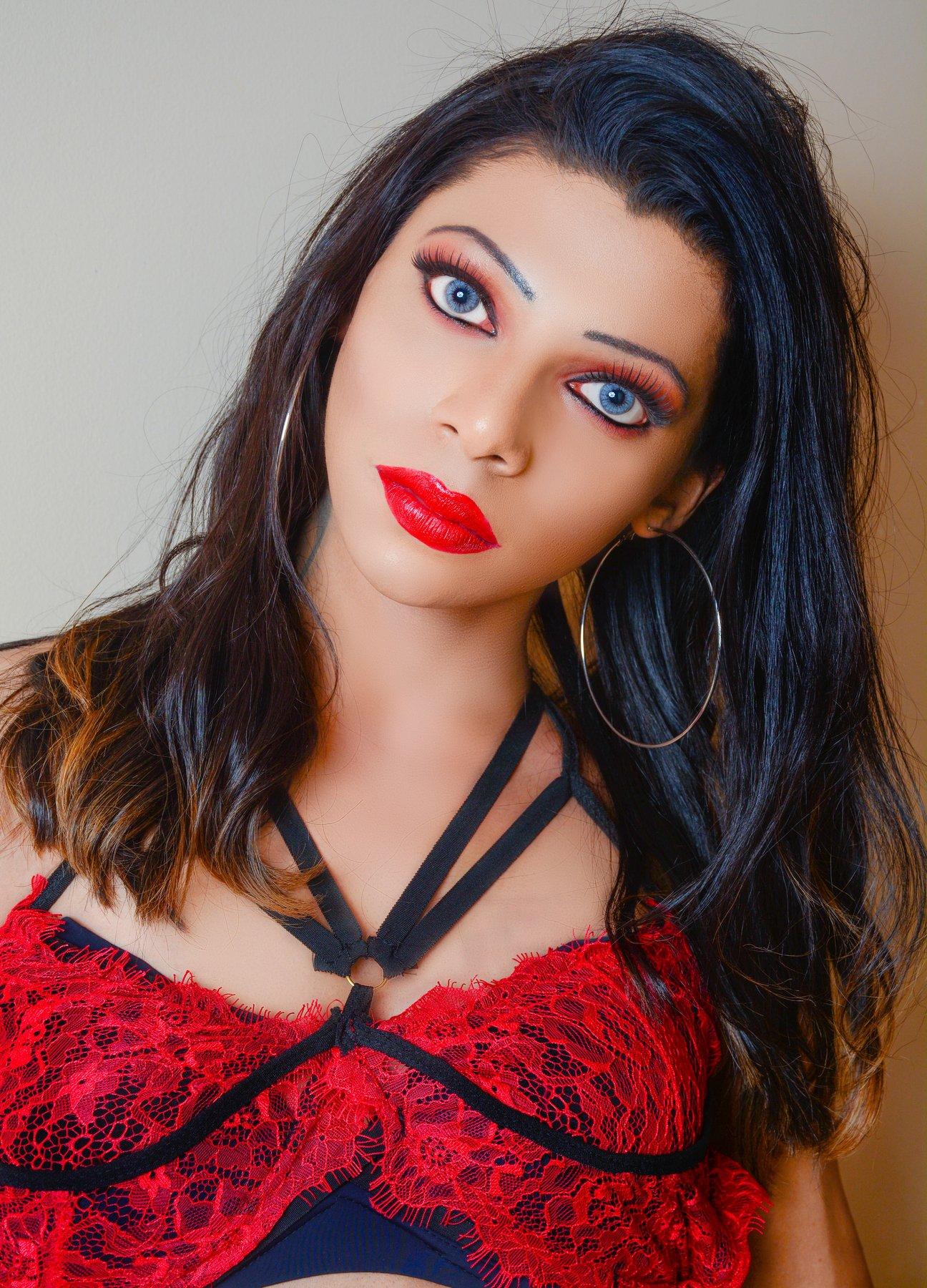 Titian of six: Sri Lankan popular singer Umara Sinhawansha