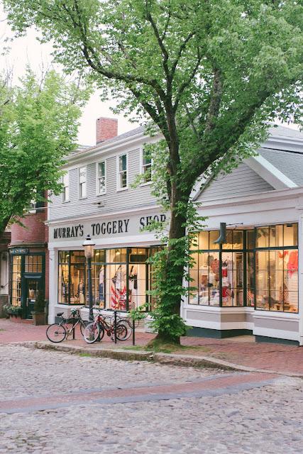 Murrays Toggery Shop