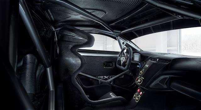 [Image: Acura_NSX_GT3_Race_Car_4.jpg]