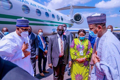 Photos of President Buhari wearing face mask in Mali surfaces online