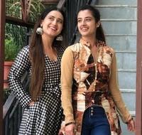 aalisha panwar with here sister aarohi panwar