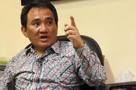 Garda Depan Covid-19 Gugur, Andi Arief: Perlu Berapa Dokter Jatuh Korban?
