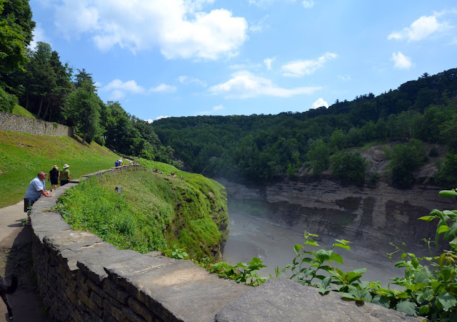 Gorge Trail and Genesee River Letchworth State Park