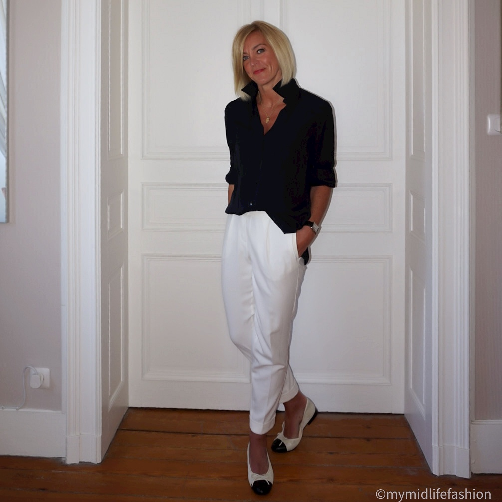 My midlife fashion, Massimo Dutti shirt, marks and spencer peg legged trousers, Chanel ballet pumps