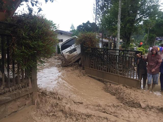 Banjir Bandang Terjang Paya Tumpi Aceh Tengah