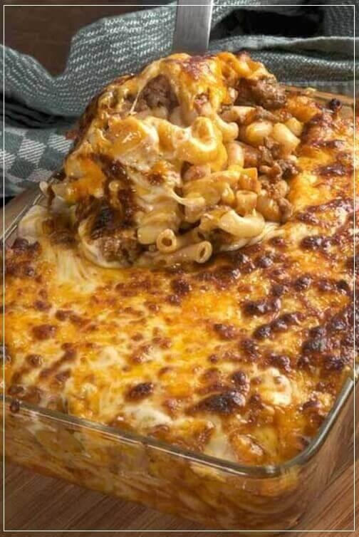 Cheesy-Hamburger-Cheesy Hamburger Casserole,Cheddar,Garlic,ground beef,macaroni noodle,mozzarella,onion,oregano,Paprika,tomatoes,Casserole,Kid Friendly,PastaCasserole