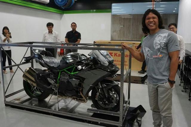Pemilik Kawasaki Ninja H2 Carbon satu-satunya di Indonesia, Amin Andrianto
