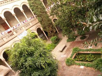 Claustro de la Universidad de Barcelona