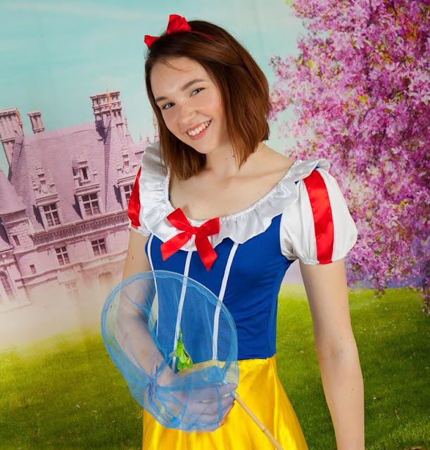 Galeri Foto Cosplay Tanpa Busana Snow White