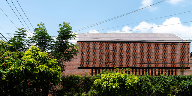 spaced out brick to create a modern and geometric wall