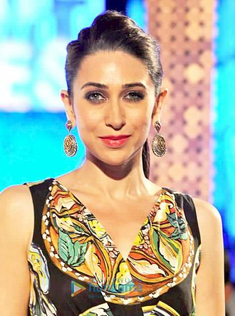KARISMAKAPOOR (ACTRESS) WIKI,AGE,FAMILY, BOY FRIEND, EDUCATION, CAREER, BIOGRAPHY AND MORE...