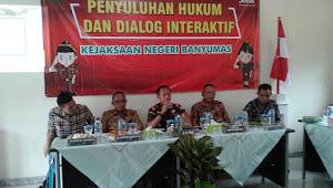 Kejaksaan Negeri Banyumas Gelar Luhkum Di Desa Somakaton