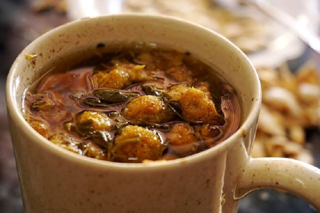 Phố trà cúc Phan Bội Châu
