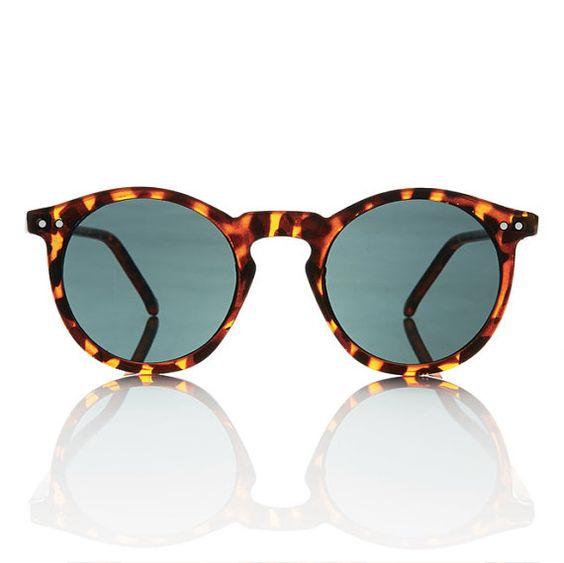 ... vai estar definitivamente na moda para os óculos masculinos graduados,  e para os de sol também. Então ficará ao gosto de cada um escolher uma  combinação ... 6ac85a2145