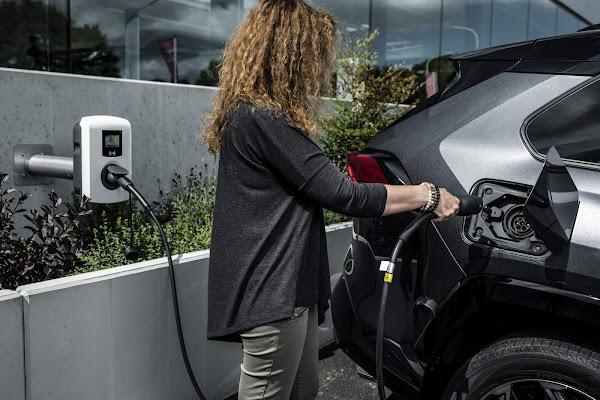 Toyota RAV4 Plug-In Hybrid - consumo e performance