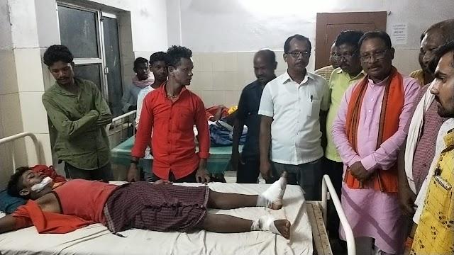 ब्रेकिंग पत्रवार्ता जशपुर - पत्थलगांव हिट एंड रन मामले में 2 आरोपी गिरफ्तार,CM भूपेश बघेल ने मृतक परिवार के लिए की 50 लाख मुआवजे की घोषणा,एएसआई केके साहू निलंबित,थाना प्रभार लाईन अटैच,बीजेपी के प्रदेशाध्यक्ष विष्णुदेव साय ने किया जिला बंद का ऐलान।