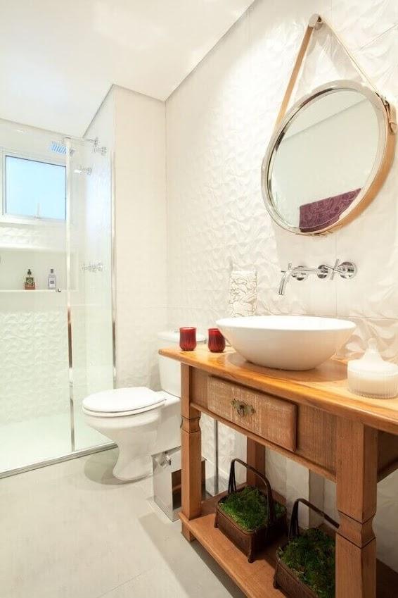 3D bathroom tile brings movement to the decor