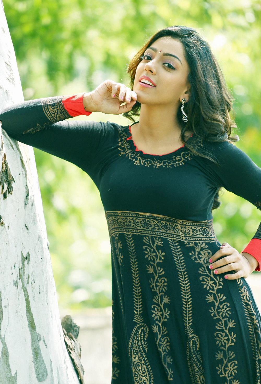 Deviyani sizzling photo shoot gallery-HQ-Photo-4