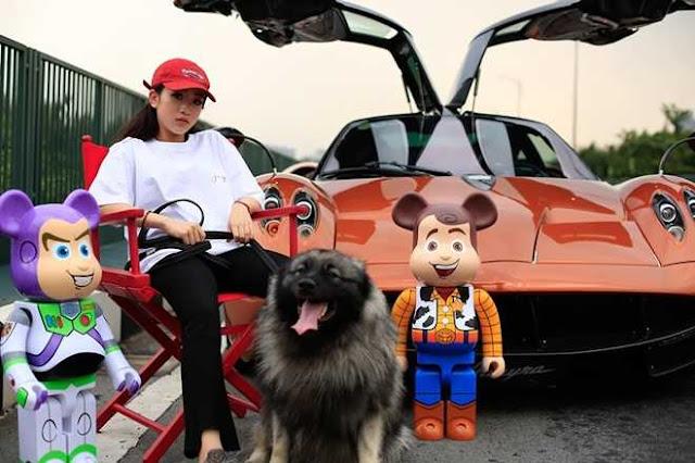 """Con gái đại gia Minh """"Nhựa"""" khoe siêu xe 80 tỷ gây sốt mạng xã hội"""