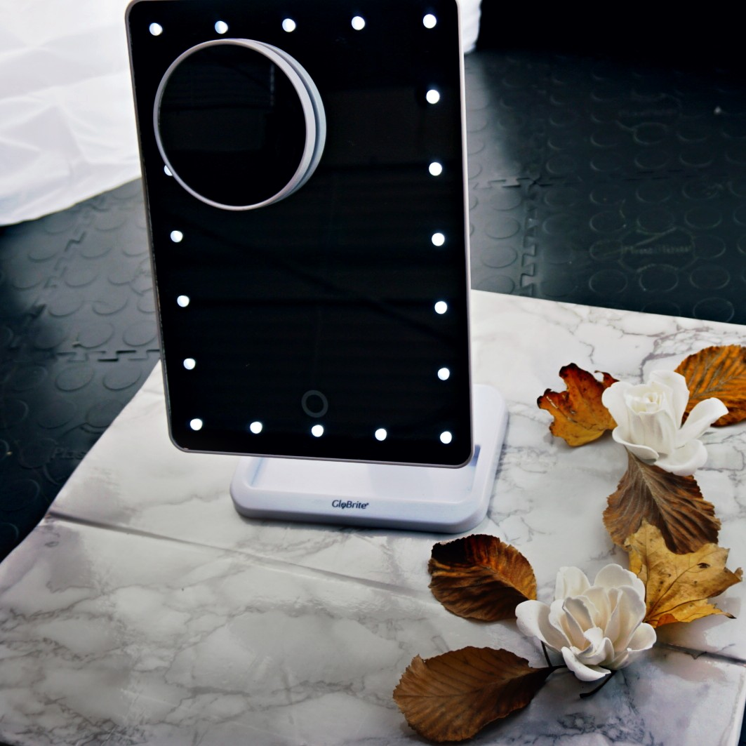 INTRODUCING THE GLOBRITE LED TOUCH SCREEN MIRROR
