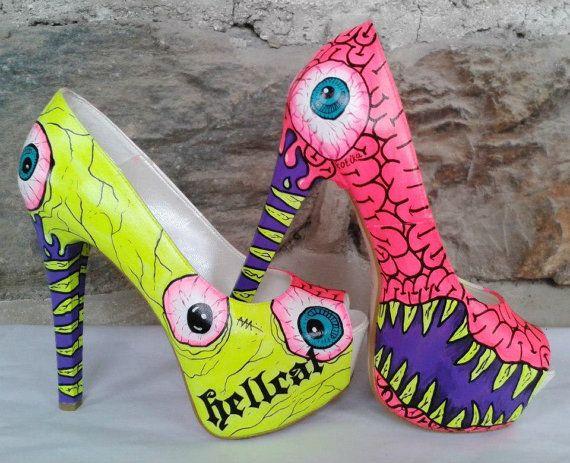 El yapımı Neon Işıklı Ayakkabı
