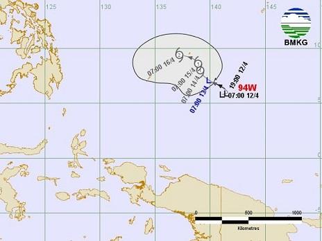 Bibit Siklon Tropis 94W Tumbuh Di Wilayah Samudera Fasifik Utara Papua